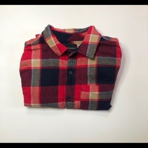 Men flannel long sleeve shirt pattern size small